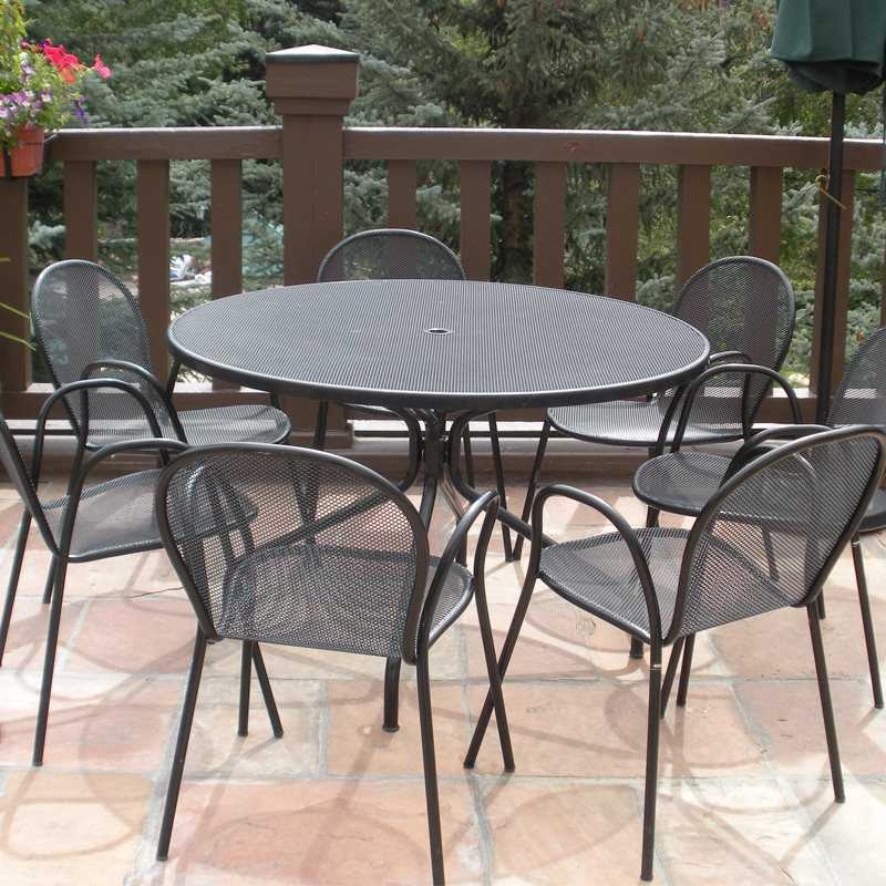 Emu Cambi Steel 48 Round Dining Table 805