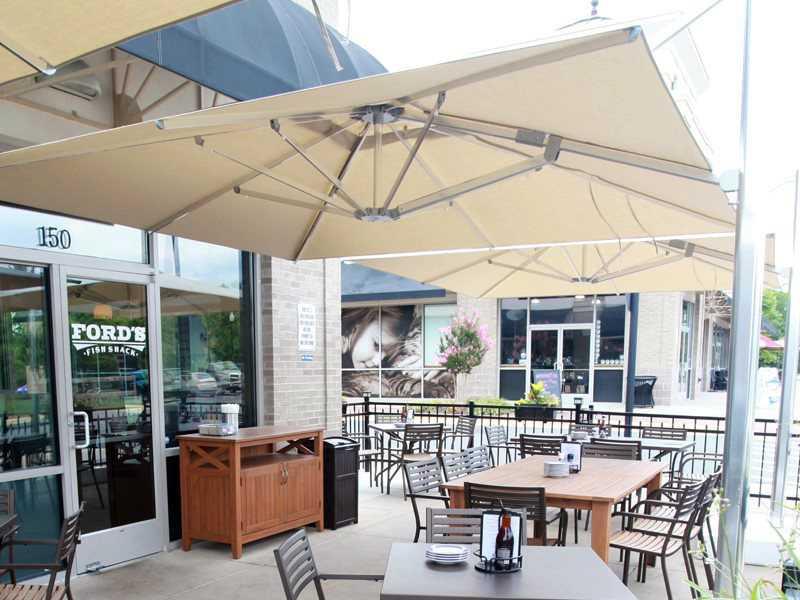 emu shade 10 square cantilever umbrella 981