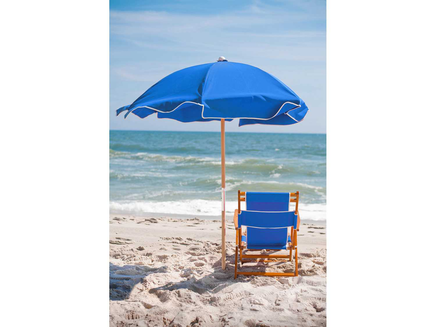 Frankford Umbrellas Wooden Beach Chair Lounge Set