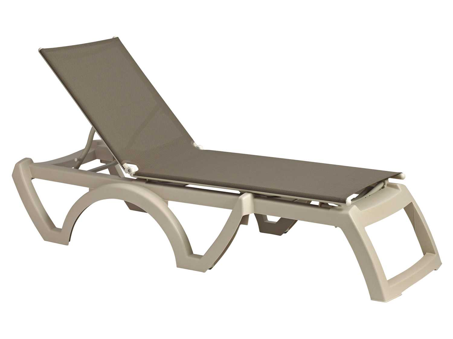 Grosfillex calypso resin sandstone chaise sold in 2 for Chaise longue resine