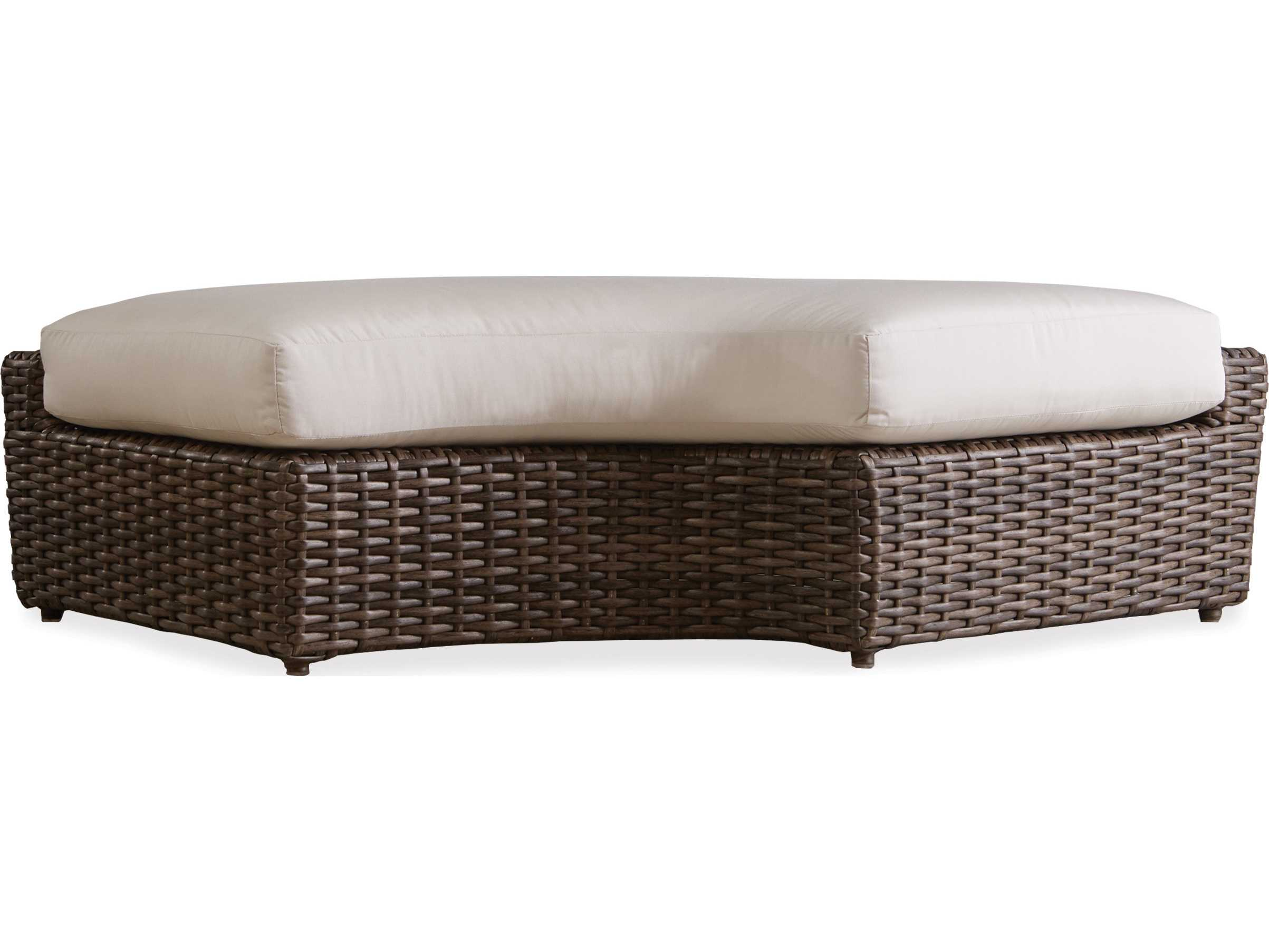 Lloyd Flanders Largo Wicker Right Curved Bench 241038