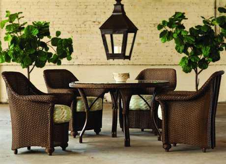 Lloyd Flanders Oxford Wicker 4 Person Cushion Casual Patio Dining Set