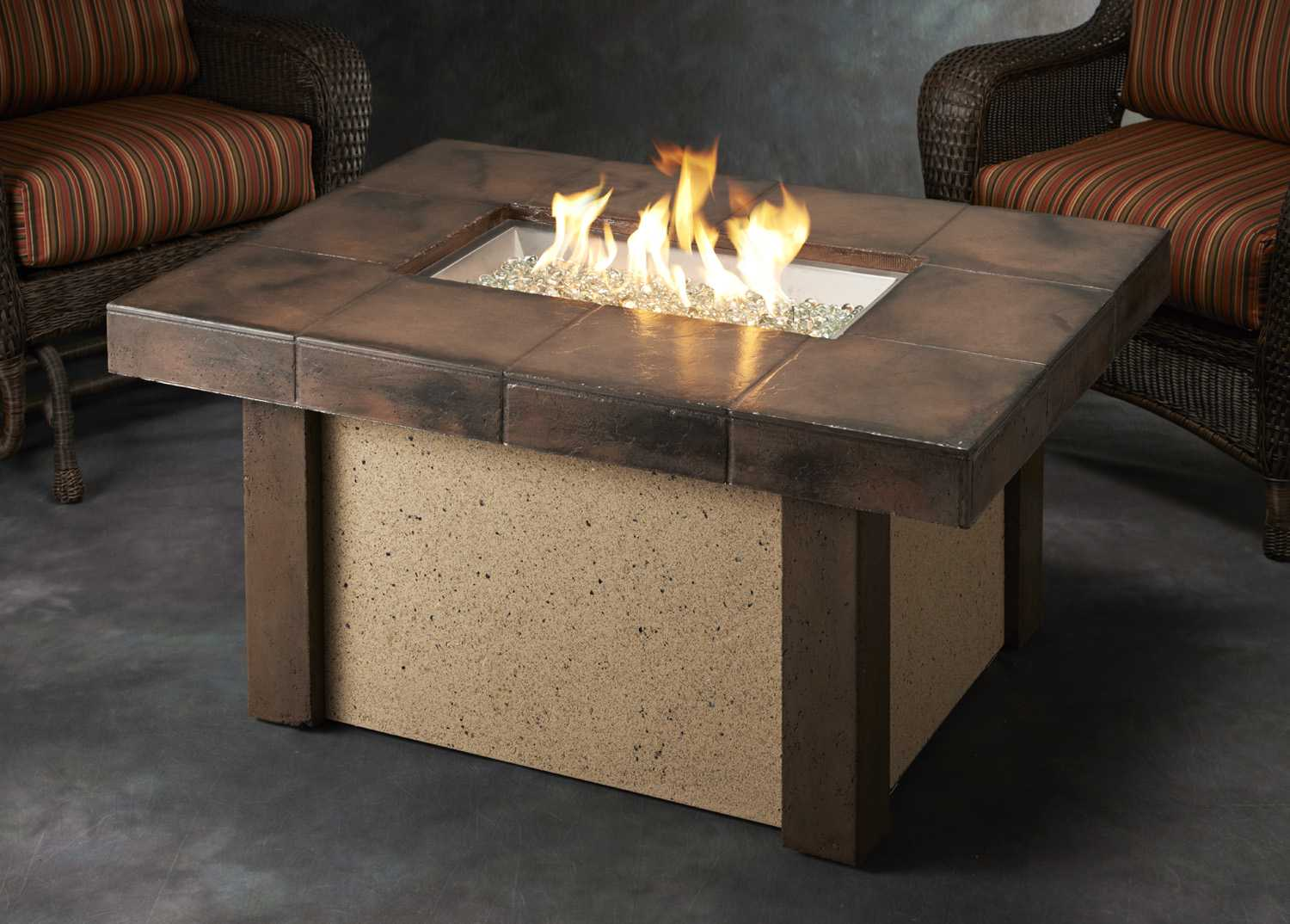 Outdoor greatroom rivers edge stone 48 x 36 rectangular for Rectangular stone fire pit