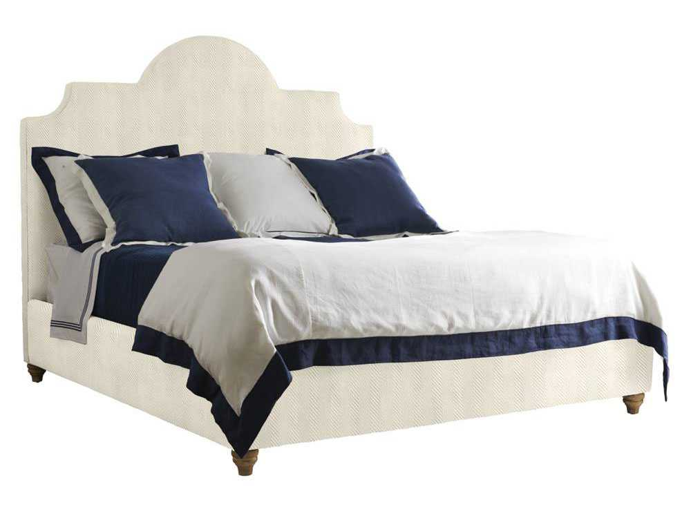 Stanley Furniture Coastal Living Retreat Irish White Herringbone Queen Breach Inlet Upholstered