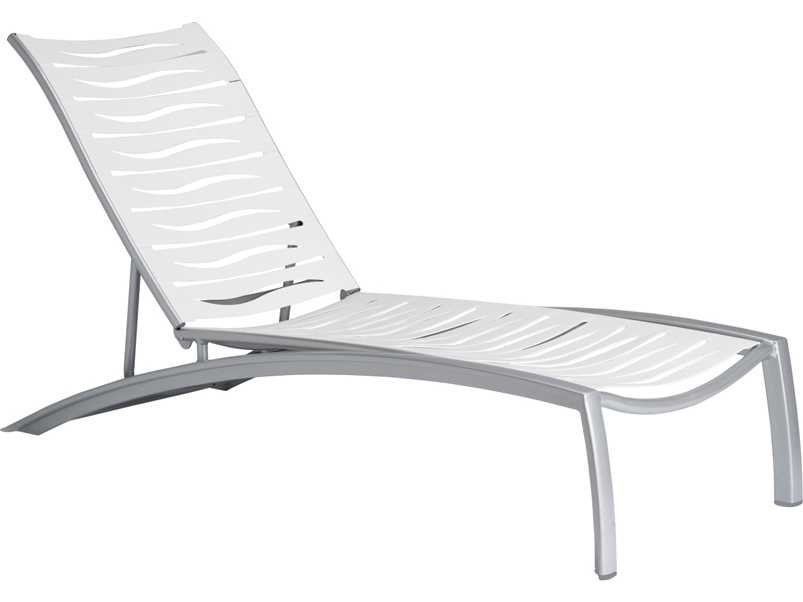 Tropitone south beach wave aluminum stackable chaise for Beach lounge chaise