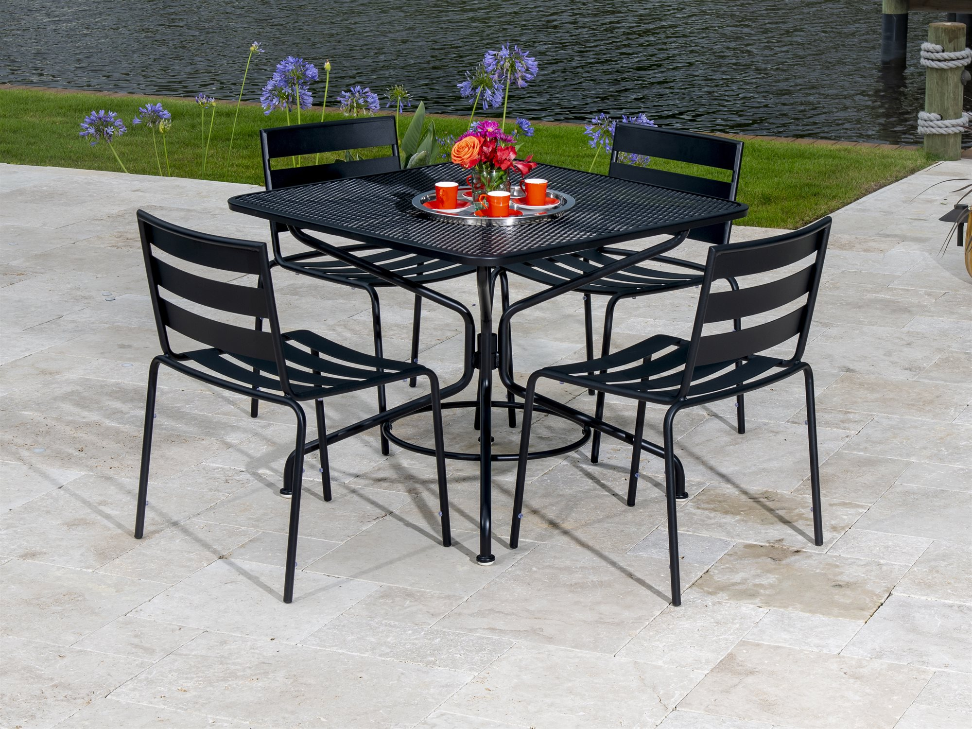 Woodard Cafe Series Wrought Iron Dining Chair in Textured ...