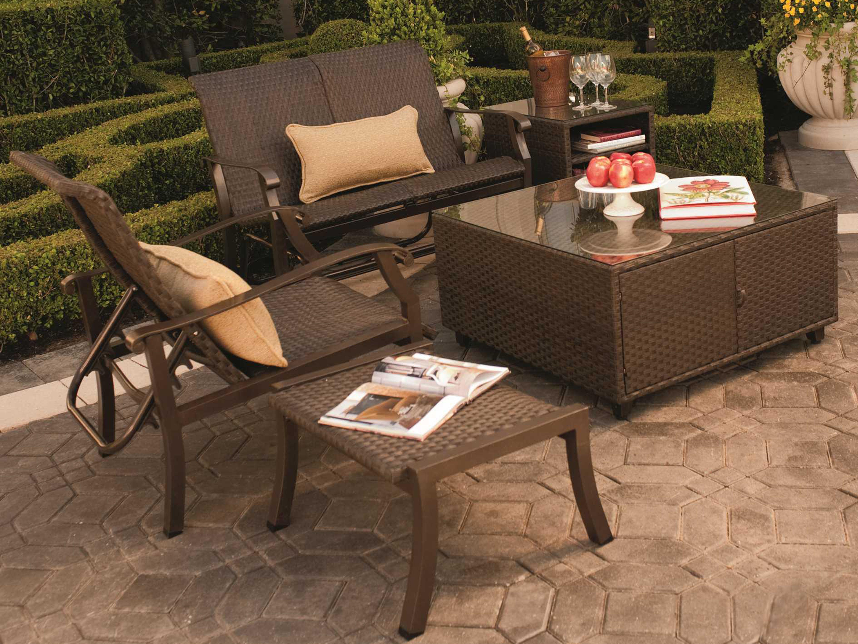 woodard cortland woven round weave wicker lounge chair. Black Bedroom Furniture Sets. Home Design Ideas