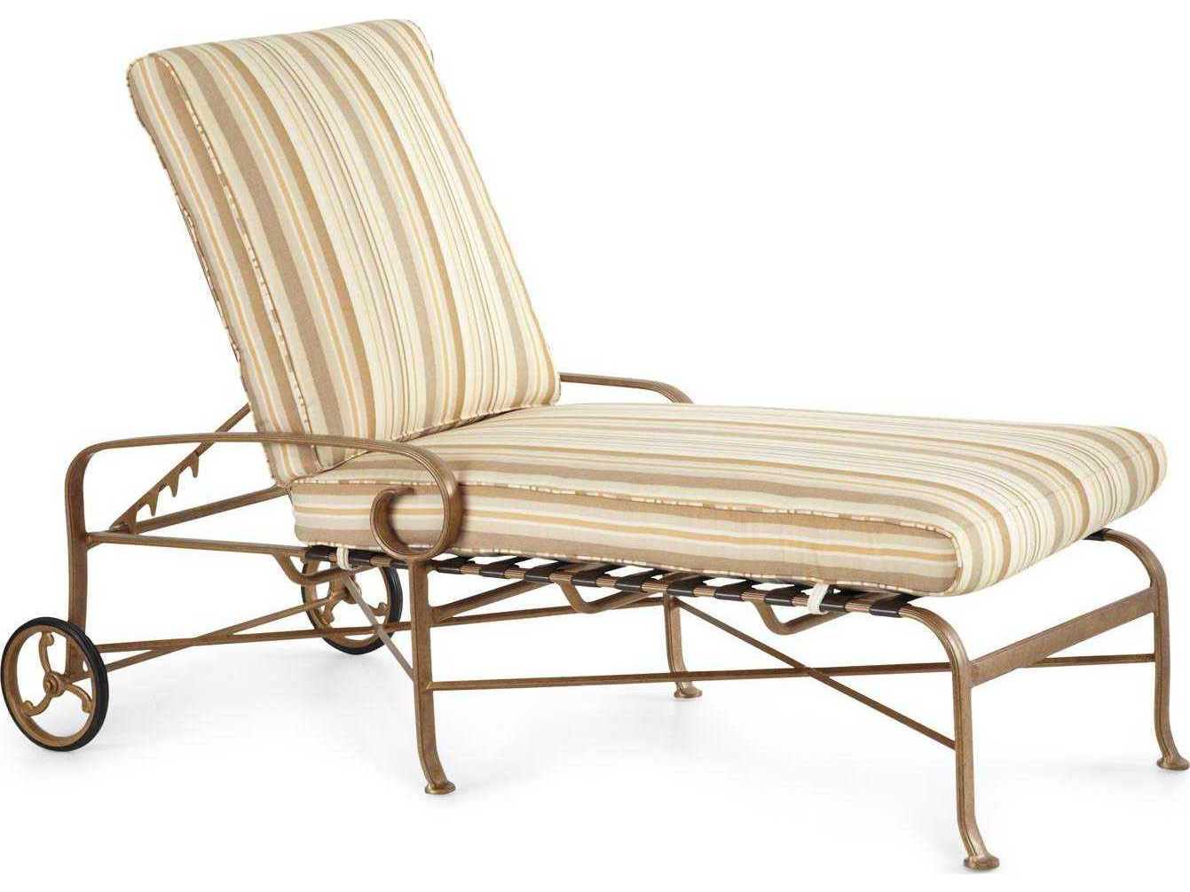 Winston Veneto Cushion Cast Aluminum Chaise Lounge
