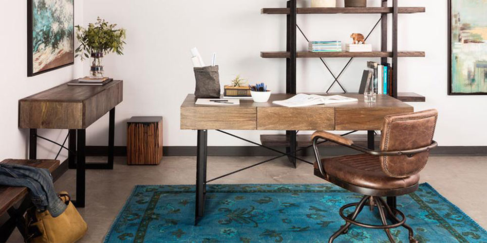 There Are Several Factors To Consider When Selecting An Office Desk That Will Best Complement How You Work And Your E The Following Guide Walks