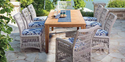 Patio Trend Alert: Mismatched Dining Chairs