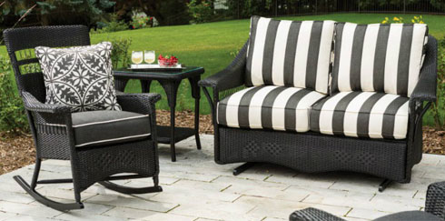 Patio Decor Ideas We Love: Decorating With Stripes
