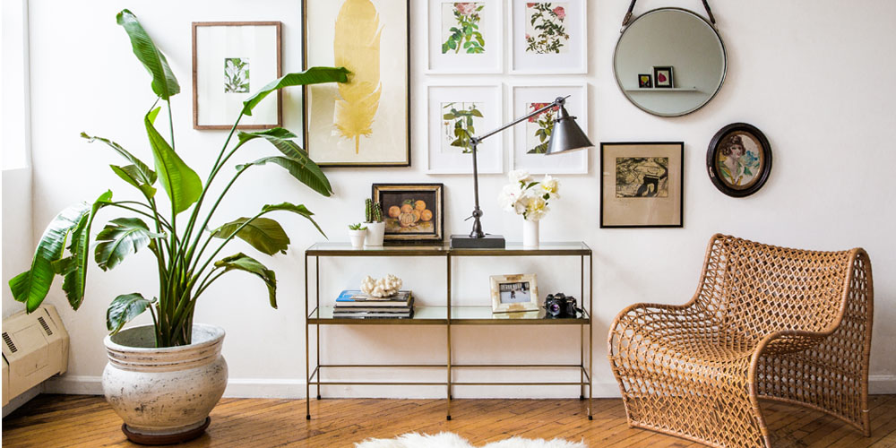 5 Easy Ways To Dress Up A Blank Wall