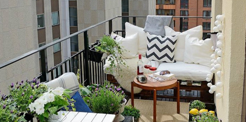 Balcony Decorating Ideas: Make the Most of Your Space