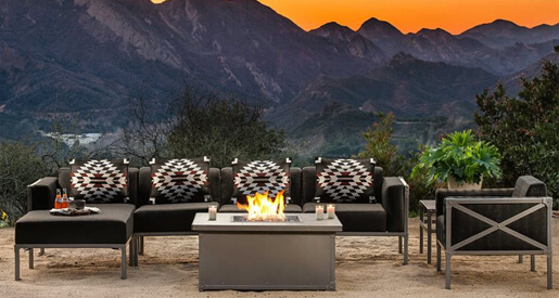 When it comes to summer nights, there's nothing better than dinner under the stars. Read our blog to discover new cozy décor ideas for your patio this summer.