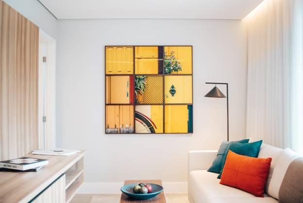 Deck the Walls: Art