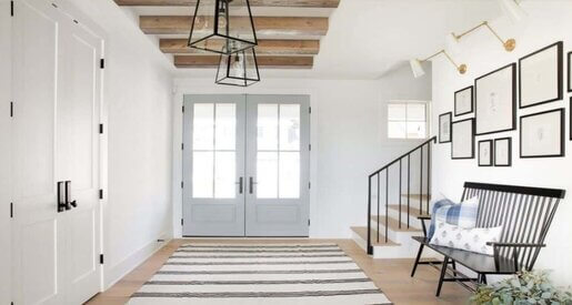 How to Choose the Right Entryway Chandelier: A TopModern Buying Guide