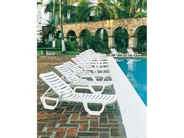 Grosfillex Bahia Resin White Lounge Set GXBAHAILNGSET3
