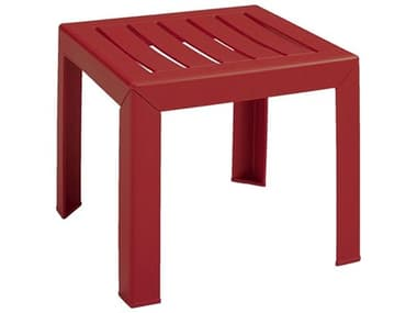 Grosfillex Westport Resin Barn Red 16'' Wide Square End Table GXUS445748