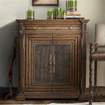 Hooker Furniture Hill Country Timeworn Saddle Brown / Anthracite Black Cypress Mill Accent Chest HOO596050007MULTI