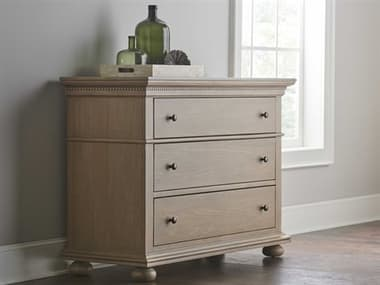 Universal Furniture Brown Three-Drawer Single Dresser UFU099G030