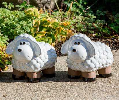 Alfresco Home Lamb Medium Ceramic in Lace White