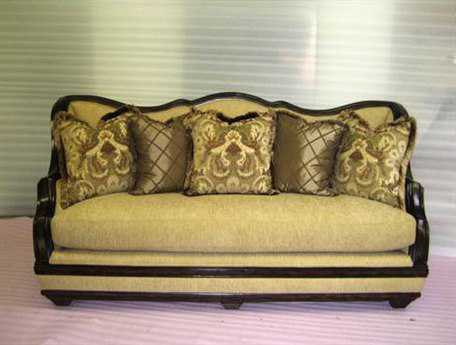 Benetti's Italia Furniture Beladonna Sofa