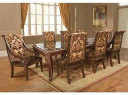 Benetti's Italia Furniture Modica Collection