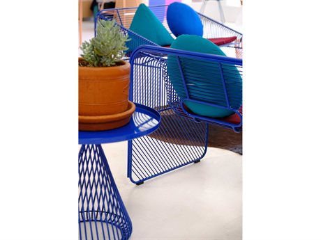 Bend Goods Outdoor Conical Metal Lounge Set