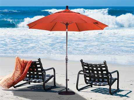 California Umbrella 9 Foot Round Aluminum Market Patio Umbrella with Collar Tilt