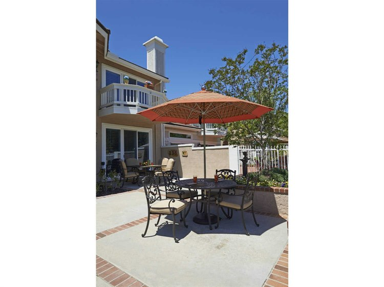 California Umbrella Allure Series 9 Foot Octagon Market