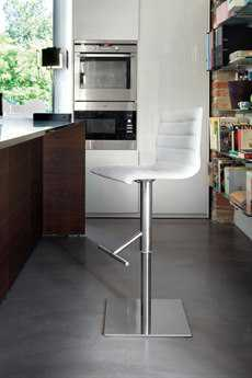 Domitalia Jam Swivel Adjustable Stool