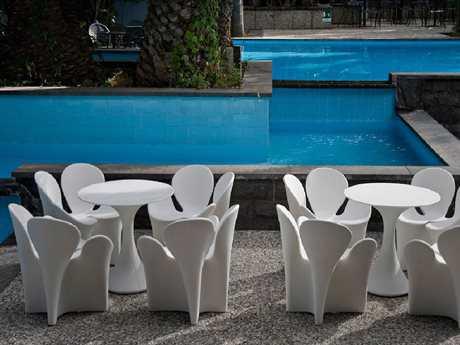 Driade Clover Polyenthylene Dining Set