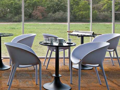 Driade Soft Egg Aluminum Polypropylene Dining Set