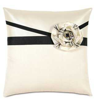 Eastern Accents Abernathy Klein Shell With Flower Pillow