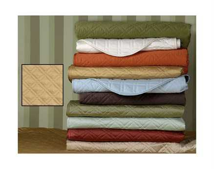 Eastern Accents Coperta Quilted Sateen Coperta Antique Coverlet