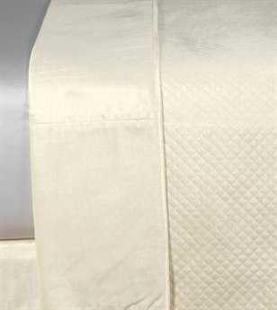 Eastern Accents Lucerne Solid Velvet Reuss Ivory Coverlet