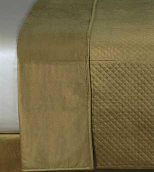 Eastern Accents Lucerne Solid Velvet Reuss Olive Coverlet