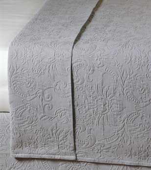 Eastern Accents Sandrine Matelasse Sandrine Dove Coverlet