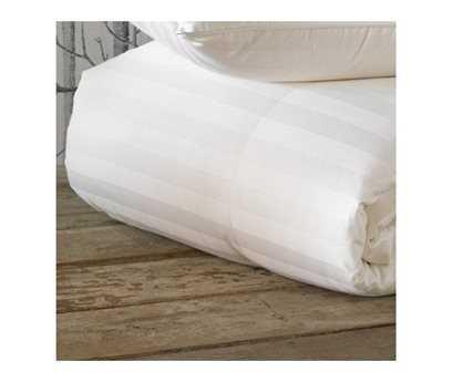 Eastern Accents Rhapsody Luxe Down Deluxe Comforter