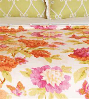 Eastern Accents Caroline Azalea Button-Tufted Comforter