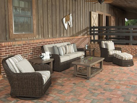 Ebel Belfort Wicker Lounge Set