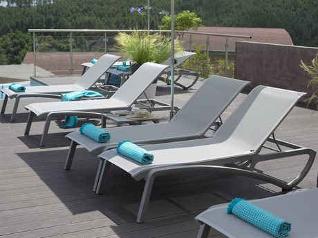 Grosfillex Sunset White Aluminum Sling Lounge Set