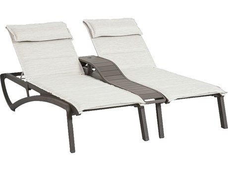 Grosfillex Sunset Sling Resin Volcanic Black Comfort Duo Chaise Lounge with Console in Beige