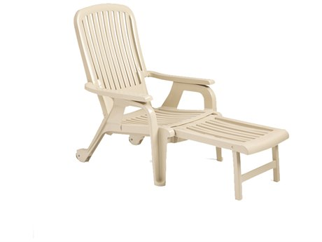 Grosfillex Bahia Resin Stacking Deck Chair (Sold in 2)