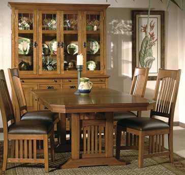 Hekman Arts & Crafts 4 Person Dining Set