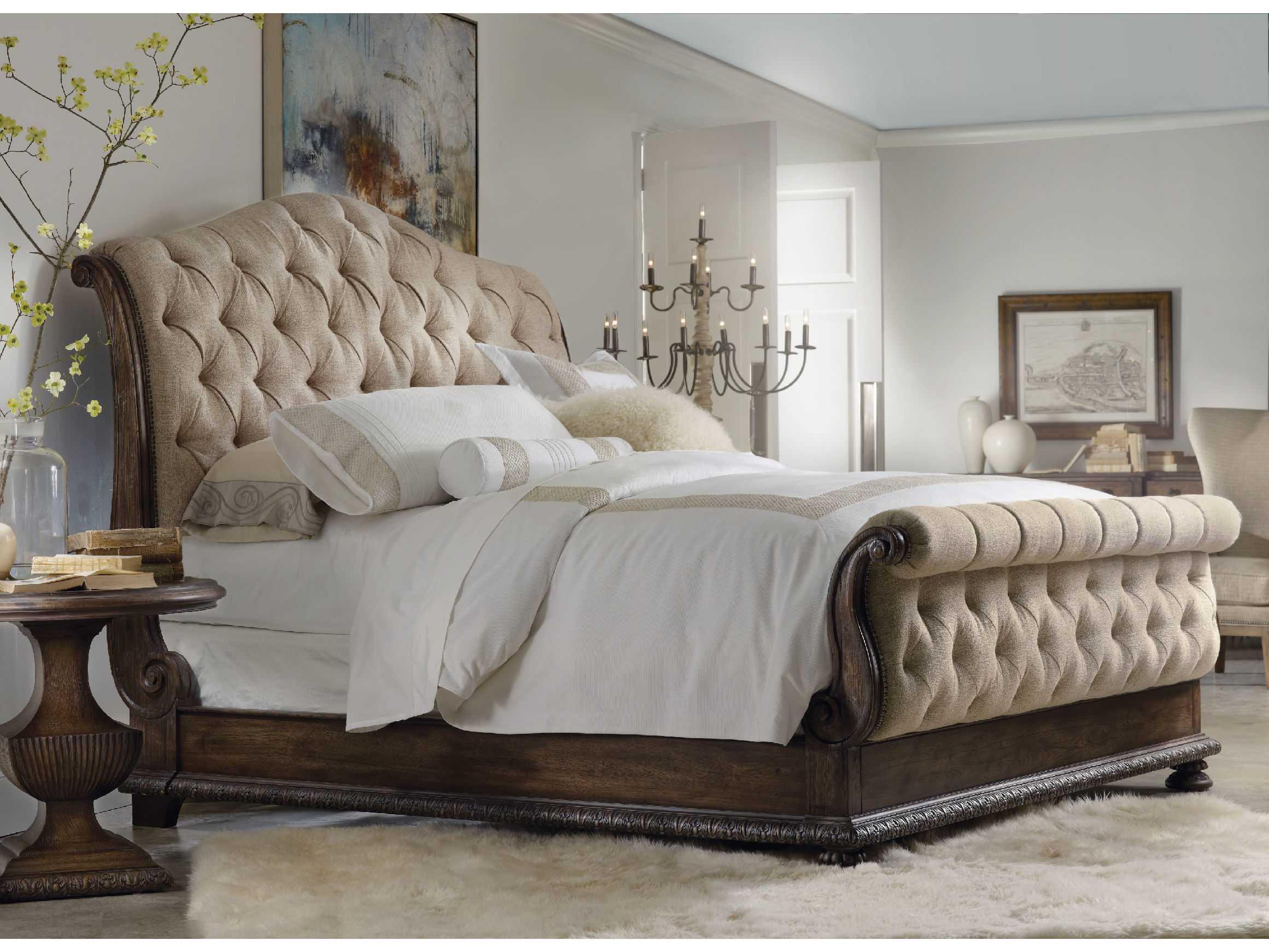 Hooker Furniture Rhapsody Rustic Walnut King Size Tufted Sleigh