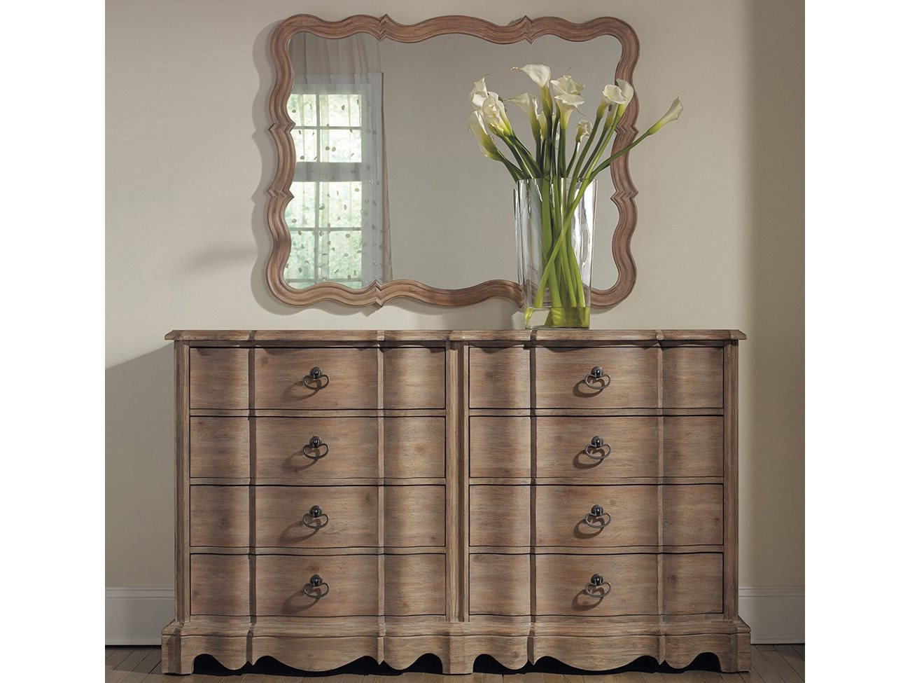 Hooker Furniture Corsica Light Wood Double Dresser  : HOO5180900024zm from www.luxedecor.com size 1300 x 975 jpeg 164kB