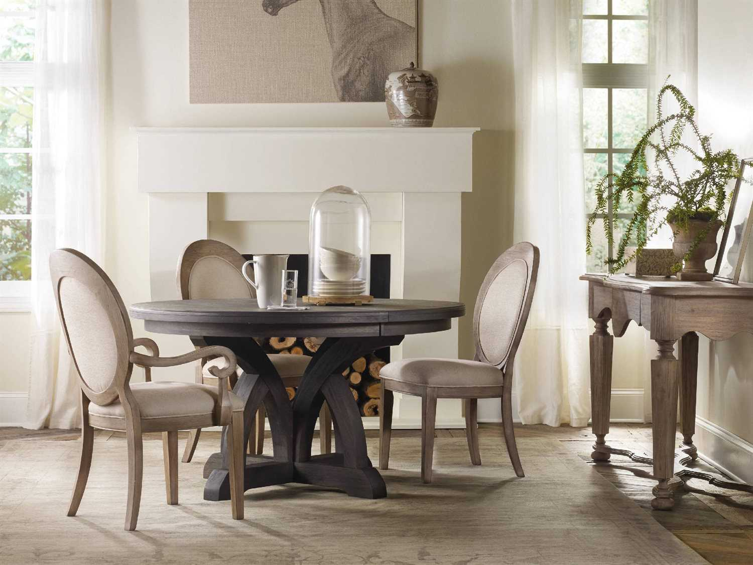 Hooker Furniture Corsica Dark Wood 54 Wide Round Dining