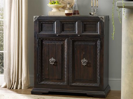 Sale. Hooker Furniture Treviso Rich Dark Macchiato Bar Cabinet