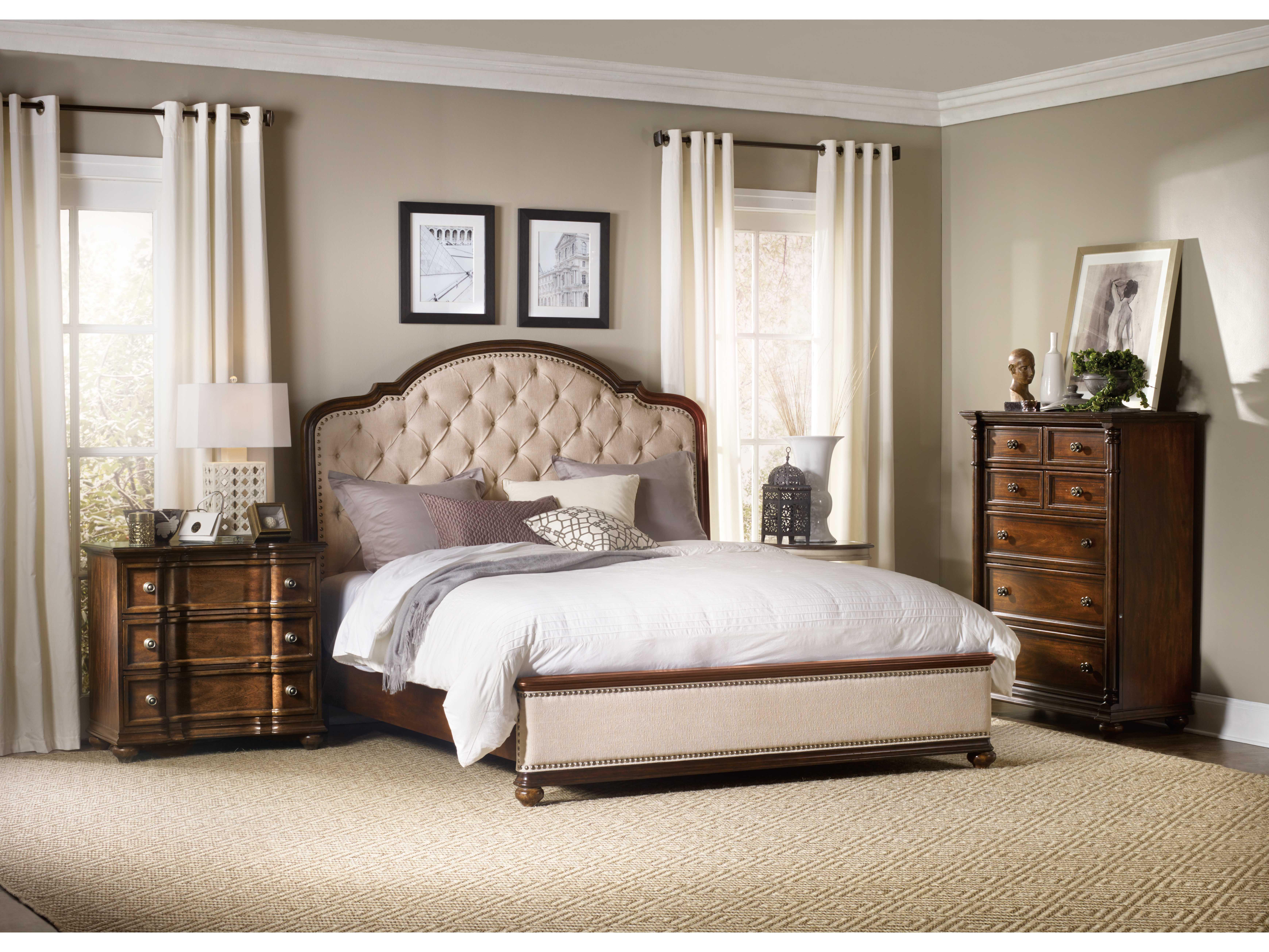 Hooker Furniture Leesburg Rich Traditional Mahogany Queen